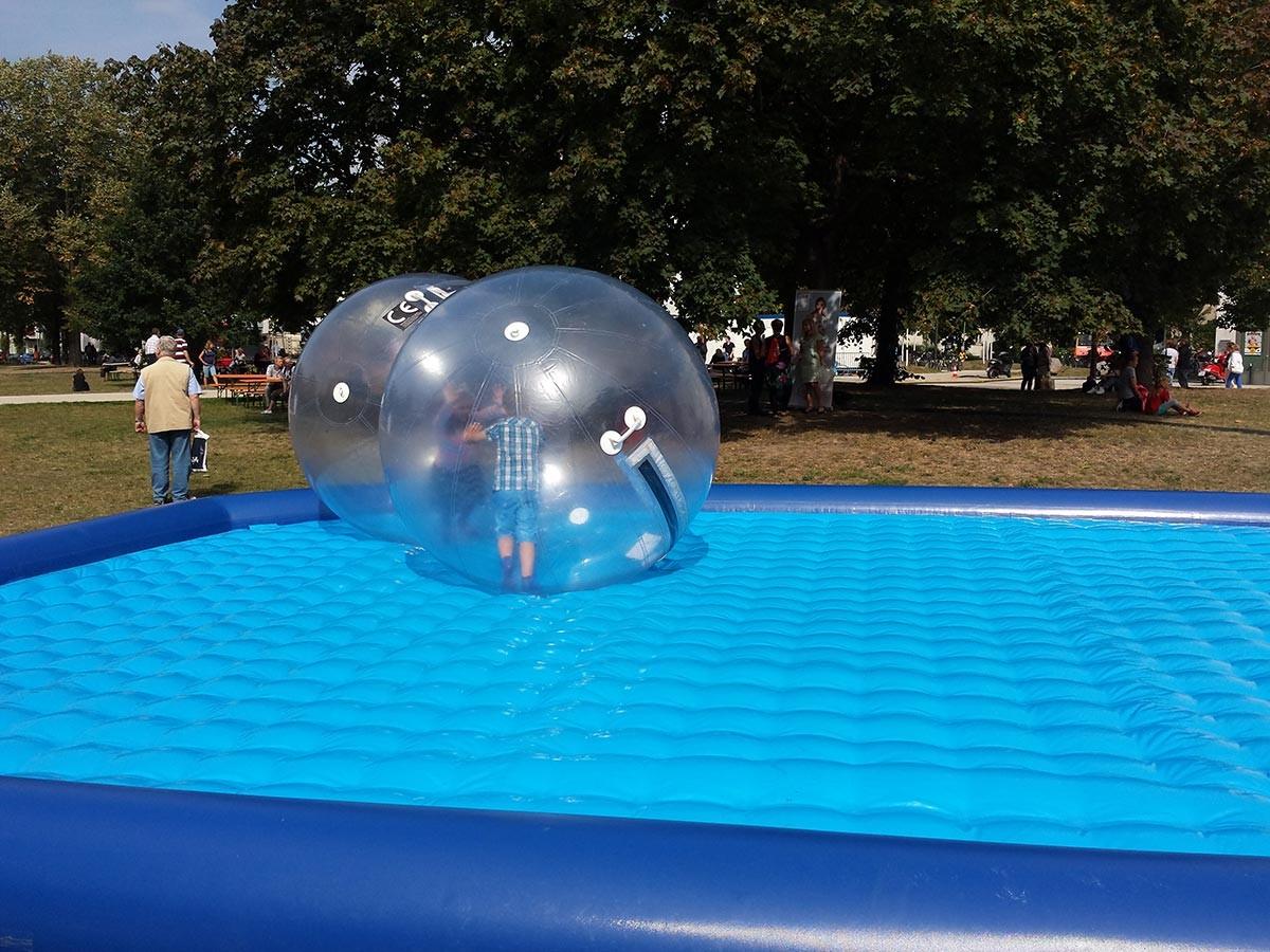 Wasserspiele Pool Ohne Wasser Kaufen Pool Fur Xxl Wasserballe