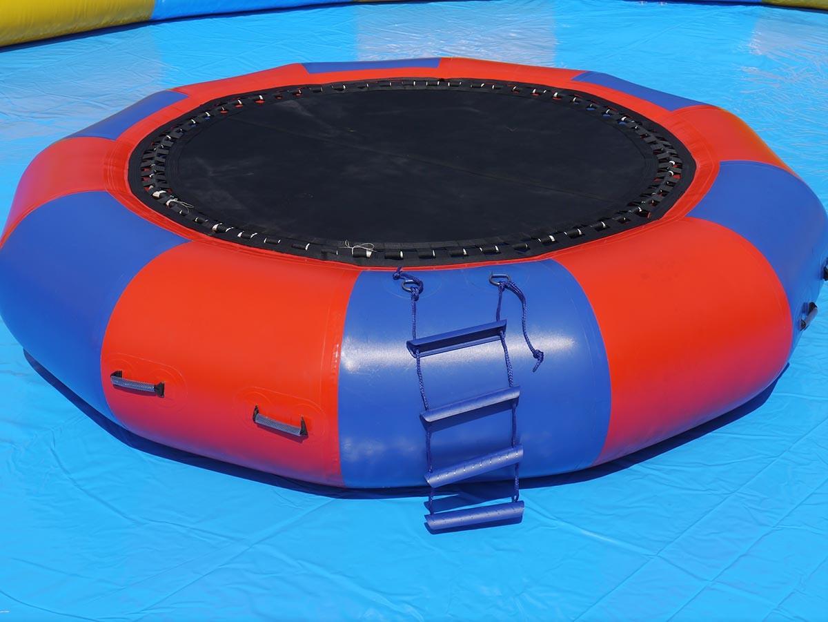wasserspiele big trampolin kaufen h pfburg hersteller und verkauf. Black Bedroom Furniture Sets. Home Design Ideas