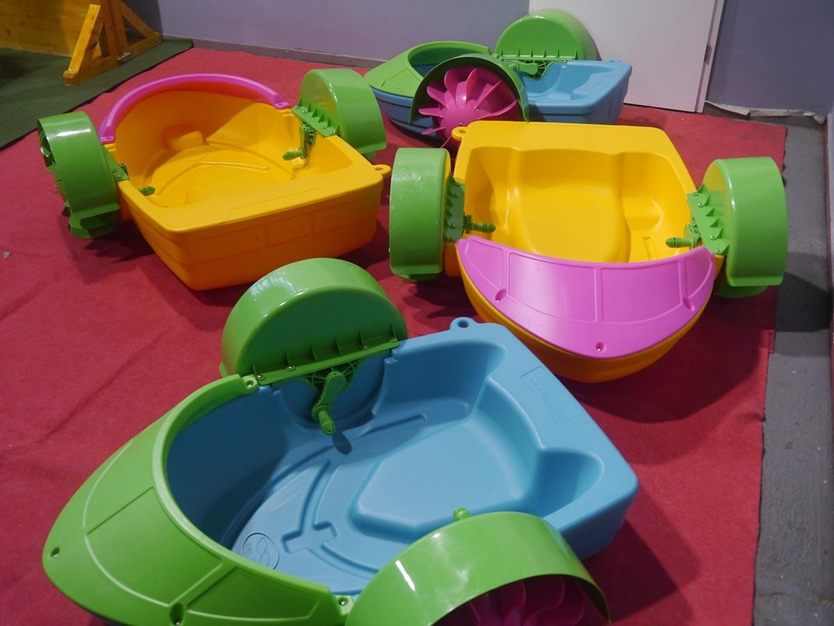 wasserspiele paddelboot auf bestellung auch mit ihrem logo bedruckt kaufen h pfburg hersteller. Black Bedroom Furniture Sets. Home Design Ideas