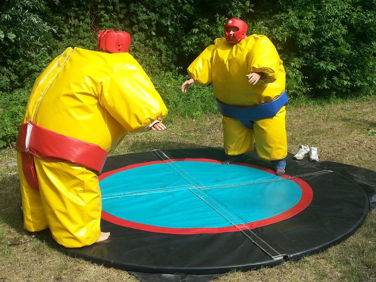 sumo wrestling auf lager jetzt direkt kaufen eventmodul hersteller und verkauf. Black Bedroom Furniture Sets. Home Design Ideas