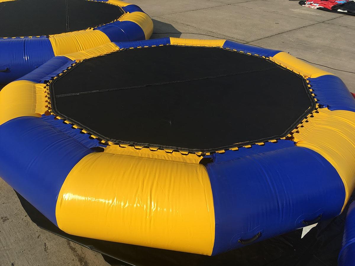 wasserspiele little trampolin auf bestellung auch mit ihrem logo bedruckt kaufen h pfburg. Black Bedroom Furniture Sets. Home Design Ideas